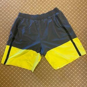 Men's Lululemon Athletica L Shorts